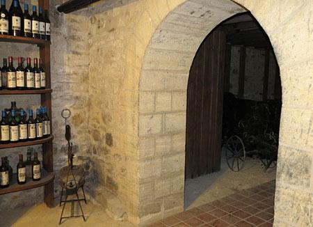 Wine cellar of Domaine de la Vitrolle wine estate - Vin de pays du Périgord